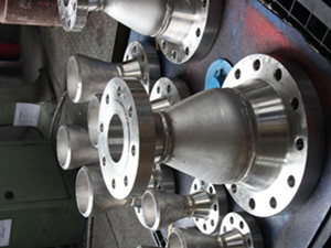 SS316L concentric reducer with 2 WN flanges