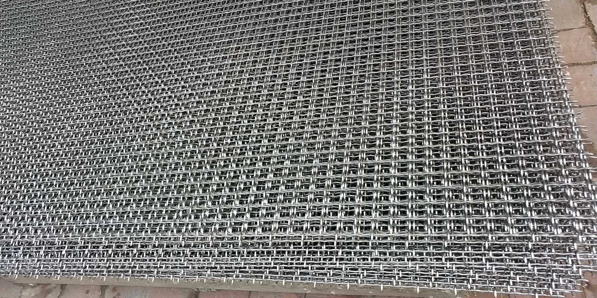 Wire mesh stainless  steel 304 mesh 26 X 26 width 1800mm length 30m